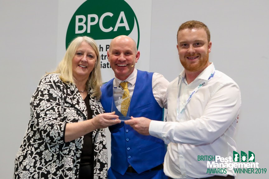Michael Taylor of Contego (right) with Frances McKim, a member of the BPMA's judging panel and event host, (left) TV wildlife presenter Mike Dilger (centre).