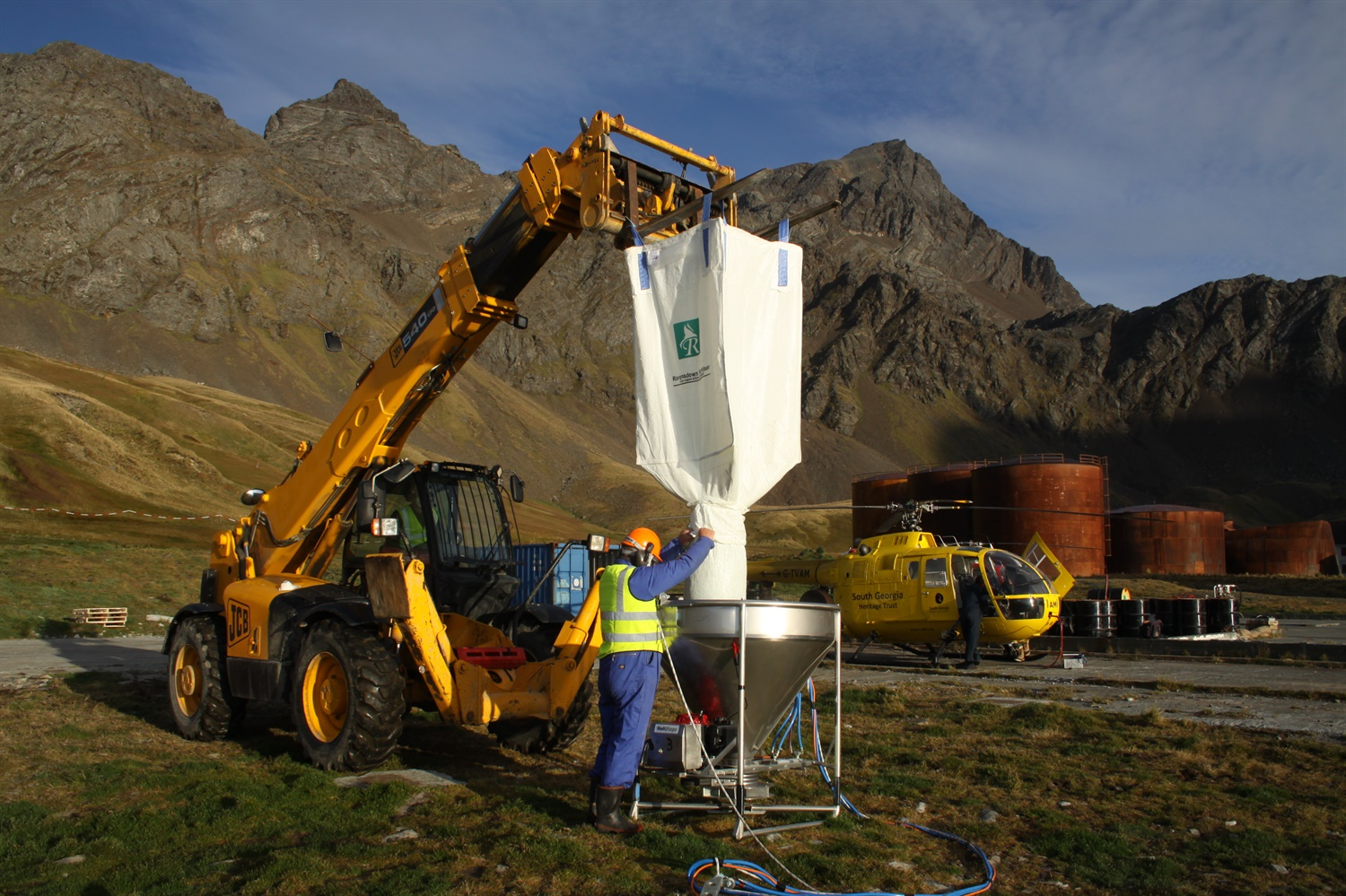 Locked and loaded on South Georgia – pest eradication on an industrial scale (image: Tony Martin)