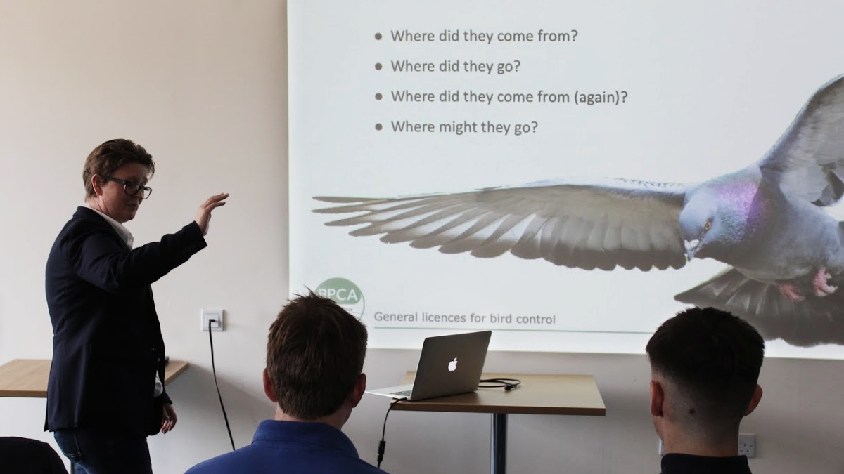 BPCA Technical Manager Dee Ward-Thompson gives a bird licence update to pest technicians at a forum